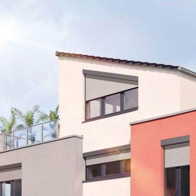 Einfamilienhaus mit speziellen Rollläden